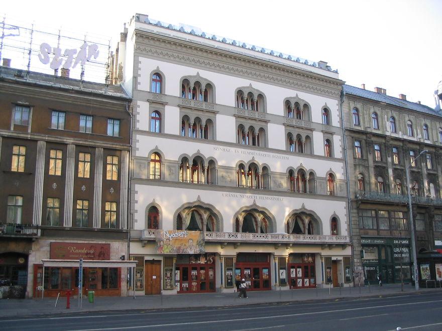 Urania Ulusal Film Tiyatrosu Budapeşte/Macaristan