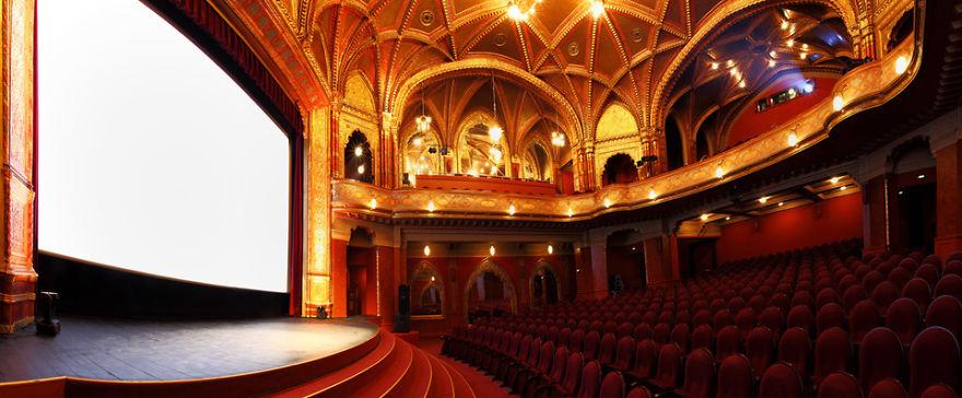 Urania Ulusal Film Tiyatrosu Budapeşte/ Macaristan